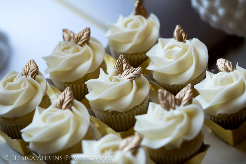 jessica ahrens photography b swee designs wedding desserts_-10